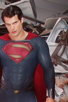 Henry Cavill as Superman. [Man of Steel backstage screencaptures from Blu-ray extra features. Image courtesy of HenryCavill.org.]