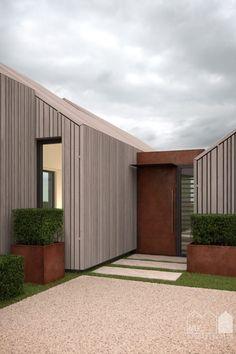 corten, pre-weathered timber, cedar, modern barn. image credit: Matt Clayton…
