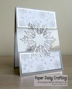 Snowfall Thinlits and Snow in Glistening from Stampin Up - Weihnachten Xmas cards Diy Christmas Snowflakes, Snowflake Cards, Christmas Cards To Make, Diy Christmas Gifts, Xmas Cards, Handmade Christmas, Holiday Cards, Christmas Vacation, Stampin Up Weihnachten
