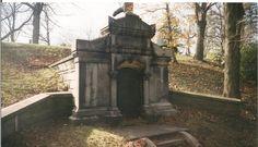Vampire's Tomb Erie Pa.