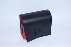 Material: Feuerwehrschlauch, betanzter Tanzboden, Werbebanner, Sicherheitsgurt - mit Magnet-Dreh-Verschluss
