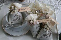 Wedding Favor - Alice in Wonderland Wedding or Party, Tea Party, bridal shower, birthday, baby shower - Jasmine Tea filled on Etsy, $51.00