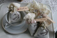 Wedding Favor - Alice in Wonderland Wedding or Party, Tea Party, bridal shower, birthday, baby shower - Jasmine Tea filled on Etsy, $51.00