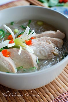 Miến Gà (Vietnamese Chicken Glass Noodle Soup) by The Culinary Chronicles, via Flickr