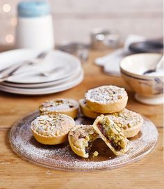 Clementine-and-pistachio-mince-pies