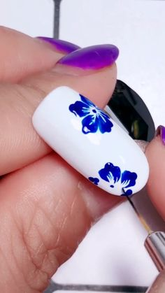 White and blue nail art - - White and blue nail art Best Nails Designs Nail Art Designs Videos, Nail Design Video, Nail Art Videos, Simple Nail Art Designs, Blue Nail Designs, Pretty Nail Art, Cute Nail Art, Nail Art Diy, Diy Nails