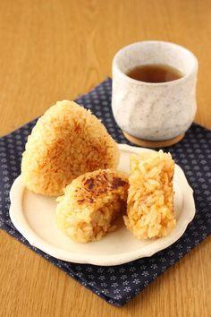 Rice Recipes, Asian Recipes, Real Food Recipes, Cooking Recipes, Healthy Recipes, Ethnic Recipes, Onigiri Recipe, Japanese Food, Food Photography
