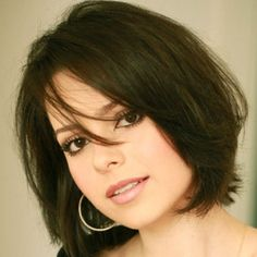 Beautiful short hairstyles for round face shape - Hair Design Hair For Round Face Shape, Bob Haircut For Round Face, Short Hair Styles For Round Faces, Round Face Haircuts, Hairstyles For Round Faces, Short Hairstyles For Women, Short Hair Cuts, Bob Hairstyles, Medium Hair Styles
