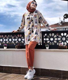 Modern Hijab Fashion, Street Hijab Fashion, Pakistani Fashion Casual, Hijab Fashion Inspiration, Muslim Fashion, Casual Hijab Outfit, Hijab Chic, Casual Outfits, Fashion Outfits