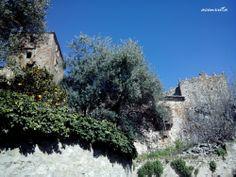 Trujillo. Torres, casa nobles y jardines forman parte de los paseos por Trujillo