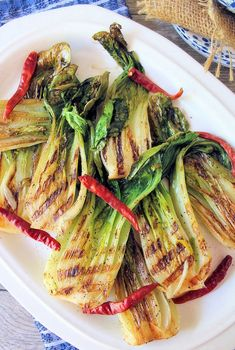 Grilled Bok Choy is a deliciously flavorful and a minimal ingredient recipe that cooks in just a matter of minutes on the grill. Healthy Side Dishes, Vegetable Side Dishes, Side Dishes Easy, Vegan Dishes, Vegetable Recipes, Lunch Recipes, Vegetarian Recipes, Healthy Recipes, Easy Recipes
