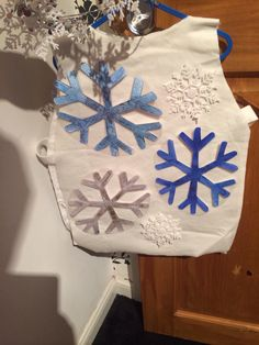 Snowflakes costume for whoops a daisy angel