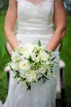 Winnipeg Wedding Photographers Collective: Ten Unique Wedding Day Photo Ideas   Inspiration Post - WeddingsInWinnipeg.ca