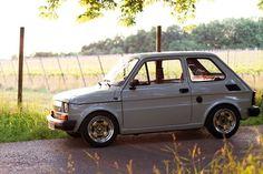 Polnischer Fiat 1988 – Jonathan Michel – Join the world of pin Fiat 126, Fiat Models, Old Fashioned Cars, Fiat Cars, Fiat Abarth, Lamborghini Cars, Kei Car, Old Hot Rods, Smart Car