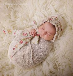 TattyRose Ruffled Bonnet, A vintage style natural bonnet, for newborns and sitter ages. Soft to touch as made from a linen/cotton blend... As this item is handmade it can take up to 10 days to dispatch so if you need it earlier please get in touch x This is a photography prop and