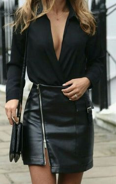 Skirt Leather Outfit Purses New Ideas Looks Chic, Looks Style, Casual Looks, Classy Outfits, Chic Outfits, Fashion Outfits, Black Outfits, Fashion Ideas, Look Fashion