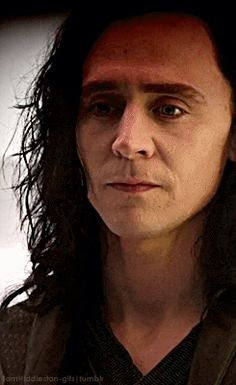 Loki losing Frigga. This is heartbreaking. Can see his pain in his eyes. How the left eye closed before the right. Amazing work right here Tom!