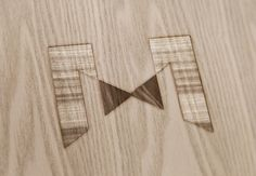 Création de logo pour MUM (Meubles en bois massifs)   Com On Light, agence conseil en communication responsable
