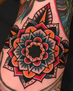 Search inspiration for an Old School tattoo. Elbow Tattoos, Dope Tattoos, Body Art Tattoos, Hand Tattoos, Sleeve Tattoos, Traditional Tattoo Work, Traditional Mandala Tattoo, Tattoo Shading, Tatuaje Old School
