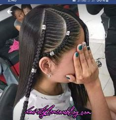 School hairstyles 802203752363094020 - Quick and Easy Back to School Hairstyles for Teens – Braids Learn how to create quick and easy back to school hairstyles with braids Source by Teen Hairstyles, Little Girl Hairstyles, Braided Hairstyles, Stylish Hairstyles, Fast Hairstyles, Back To School Hairstyles For Teens, Curly Hair Styles, Natural Hair Styles, Girl Hair Dos