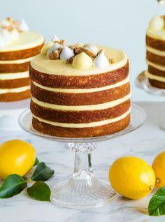 Yoghurt cake with Companion - HQ Recipes Baking Recipes, Cake Recipes, Dessert Recipes, Lemon Chiffon Cake, Cake Preparation, Biscuits Graham, Graham Cracker Cookies, Ricardo Recipe, Best Chocolate Cake