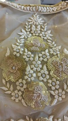 Crystal Embroidery, Zardozi Embroidery, Tambour Embroidery, Hand Work Embroidery, Couture Embroidery, Gold Embroidery, Embroidery Fashion, Embroidery Stitches, Embroidery Patterns