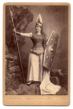 Vintage Brunhilde