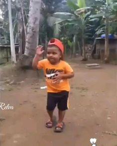 Funny Prank Videos, Cute Funny Baby Videos, Cute Funny Babies, Funny Videos For Kids, Funny Short Videos, Funny Animal Videos, Funny Pranks, Cute Kids, Good Morning Beautiful Flowers