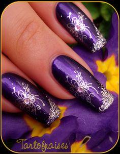 Nail art design, purple & silver