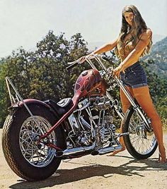 Motoblogn: Vintage Chopper Chicks Motorcycle Pin-Up Girls