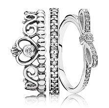 Anello in argento a forma di tiara