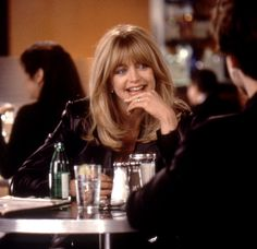 Goldie Hawn's hair in First Wives Club is on point. #hair #90s #goldiehawn