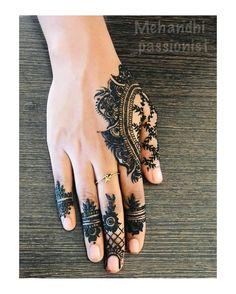 Mehndi or Henna for Fingers Designs Mehndi Fingers, Mehndi Designs For Fingers, Best Mehndi Designs, Fingers Design, Dark Nails, Long Nails, Gel Nails, Nail Polish, Mary Janes