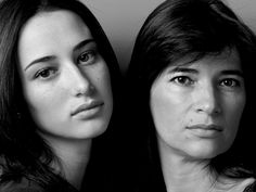 """Inspirado na expressão """"tal mãe, tal filha"""", Model Mothers é um ensaio fotográfico que busca entender a origem da beleza por meio das semelhanças entre mães e filhas. Criado pelo fotógrafo Howard Schatz, o projeto coloca lado a lado modelos - mulheres lindas - com suas respectivas progenitoras, evidenciando características e traços que passam de...<br /><a class=""""more-link""""…"""