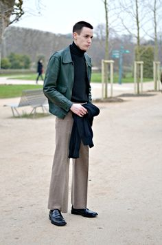 STREET STYLE PARIS 2015 - WIDE LEGGED PANTS http://www.fashiongentrix.com/2015/03/16/mens-street-style-paris-2015/ In collaboration with Farfetch.com - For Fashion Lovers. Not Followers.