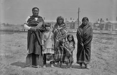 COMANCHE FAMILY , 1904