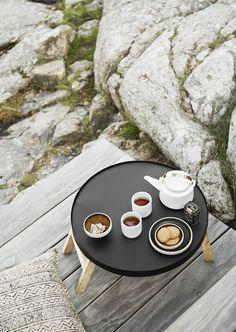 Nízký kulatý stolek Black | Bella Rose