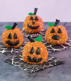 If you're looking for the perfect Haloween treat, we've got just the thing for you. These Truffle-Stuffed Pumpkin Treats from Super Cute Crispy Treatsare a super fun take on the classic crispy treat. Stuffed with a delicious chocolate cookie sandwich truffle, there's no way you'll be able to eat just one! A decadent truffle mixture …