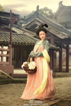 mingsonjia: 仕女摄影 by 潤熙陳 1,2,3 Tang Dynasty 4,5,6 Song Dynasty 7,8,9 Ming Dynasty