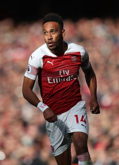 Pierre-Emerick Aubameyang of Arsenal during the Premier League match between Arsenal FC and Everton FC at Emirates Stadium on September 2018 in London, United Kingdom. Get premium, high resolution news photos at Getty Images London United, Manchester United, Aubameyang Arsenal, Pierre Emerick, Soccer Stuff, Everton Fc, Premier League Matches, Great Team, London England