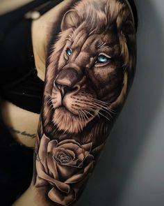 lion tattoo Ttowierungsmodelle und Entwrfe Knstler IG: edipo_tattooist von the_art_of_tattooing Hand Tattoos, Lion Forearm Tattoos, Lion Head Tattoos, Leo Tattoos, Best Sleeve Tattoos, Sleeve Tattoos For Women, Tattoo Sleeve Designs, Body Art Tattoos, Tattoos For Guys