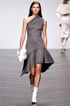 Grigio: Moda Autunno Inverno - VanityFair.it