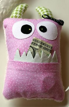 Or maybe I will make a Money Monster for the tooth fairy. I bet my boys would like that.
