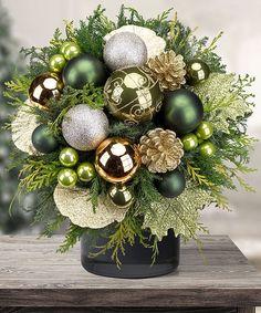 Emerald - beautiful Christmas decoration Christmas Flower Arrangements, Christmas Flowers, Christmas Tree Decorations, Christmas Planters, Silver Christmas, Christmas 2019, Christmas Centerpieces, Outdoor Christmas, Christmas Projects