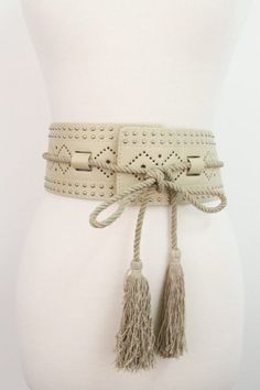 LEATHER NUDE TASSEL BELT