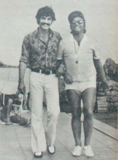 Kadir İnanır&Zeki Müren Famous Photography, Film Photography, I Movie, Movie Stars, Iconic Photos, Turkish Actors, Movie Quotes, Vintage Men, Actors & Actresses
