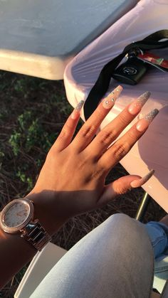 A manicure is a cosmetic elegance therapy for the finger nails and hands. A manicure could deal with just the Best Acrylic Nails, Matte Nails, Toe Nail Designs, Acrylic Nail Designs, Dope Nails, Fun Nails, Birthday Nails, Gorgeous Nails, Trendy Nails