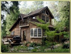 Cabin / cottage in the woods Cozy Cabin, Cozy House, Cabin In The Woods, Log Cabin Homes, Log Cabins, Mountain Cabins, Little Cabin, Cabins And Cottages, Architecture