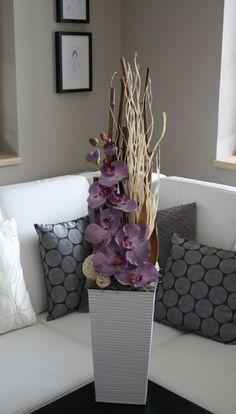 Large Flower Arrangements, Vase Arrangements, Flower Vases, Nature Plants, Sweet Home, Ikebana, Minimalist, Crafts, Home Decor