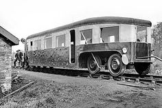 Mechanical Engineering Design, Disused Stations, Railroad Photography, Rail Car, Christmas Train, Military Equipment, Black N White Images, Modern Artists, Unique Cars